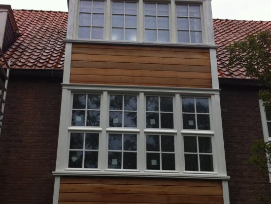 Nieuwe kozijnen, draaikiepramen, isolatieglas, Den Haag.