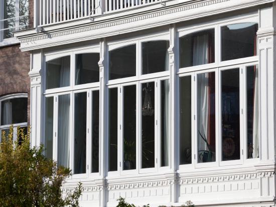 Vervanging van houten ramen, erker, den haag